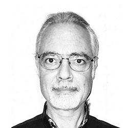 Dr. Antonio Martínez