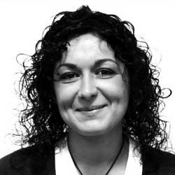 Dña. Alejandra Vecino Rodríguez