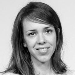 Dña. Elena Rodríguez López